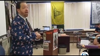 Teacher sings song to help shake first day jitters