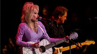 Dolly Parton To Read Bedtime Stories In A Weekly Series