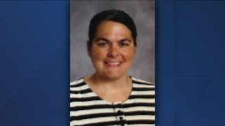 Green Bay area teacher dies after COVID-19 hospitalization