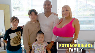 My Kids Dislike My Extreme Plastic Surgery - But Why Should I Stop? | MY EXTRAORDINARY FAMILY