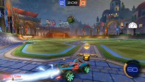 Dude pulls off epic comeback goal during Rocket League match