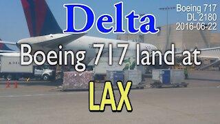 (RARE) Delta Boeing 717 Landing at LAX [#DL2180]