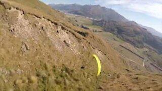 La Terre vue d'un parachute!