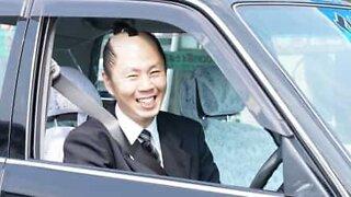 Denne samuraien ble taxisjåfør i Japan etter å ha vunnet i lotto