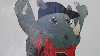 Riddle Elementary school welcomes new mascot