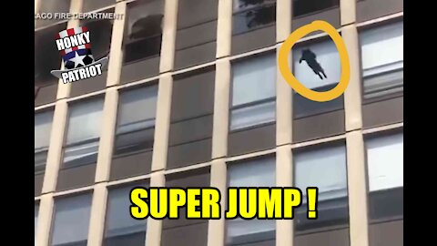 CAT JUMPS FROM 5 STORY BURNING BUILDING !