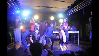 SOUTH AFRICA - Cape Town -BATUK performing at Design Indaba.(Video) (EXZ)