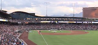 Fans thrilled to see return of Battle 4 Vegas charity softball game