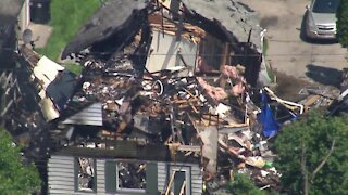 AirTracker 5 over Cleveland house explosion