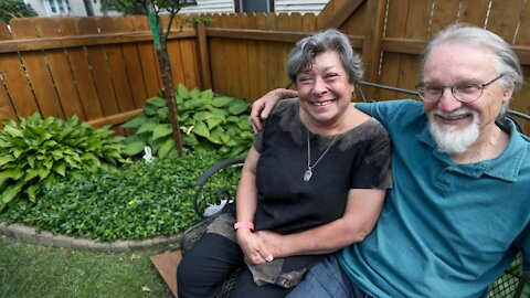 Riverwest Secret Garden tour home takes small-lot gardening to a delightful extreme