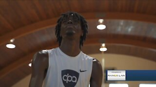 Top Colorado basketball prospect switches schools to chase NBA dream