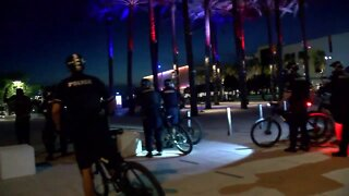 Police move forward to remove protesters from Curtis Hixon park in Downtown Tampa