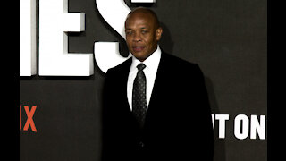 Dr. Dre ordered to pay $500,000 to estranged wife's lawyers