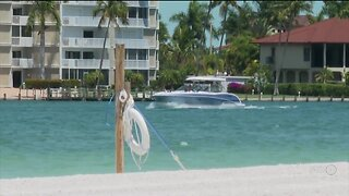 Marco Island quickly changes course, will now keep beaches closed