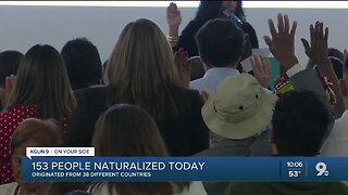 Hundreds attend naturalization ceremony