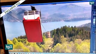 Horrific Moment Italian Cable Car Snaps And Plunges To Ground