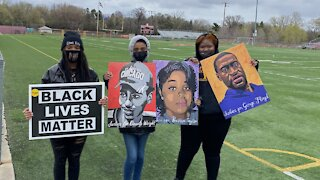 Minnesota Students Host Statewide School Walkout