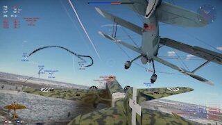 S.81 Great bombing run with surprise ending / Großartiger Bombenangriff mit überraschendem Ende