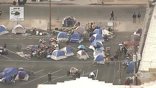 Crews cleaning up homeless camps near downtown Phoenix