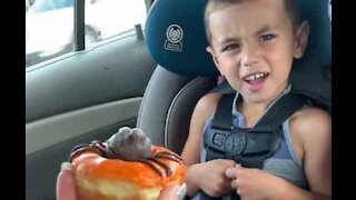 Mom scares son with spider donut