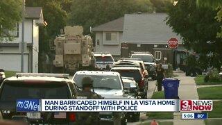 Man barricaded himself in La Vista home