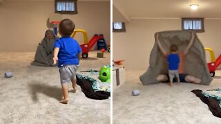 """Kid gets completely eaten by the """"bedsheet monster"""""""