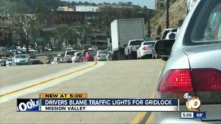 Drivers blame traffic lights for gridlock