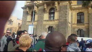 UPDATE 1: 'Elders' and ordinary citizens march in Cape Town in honour of Mandela (u6i)