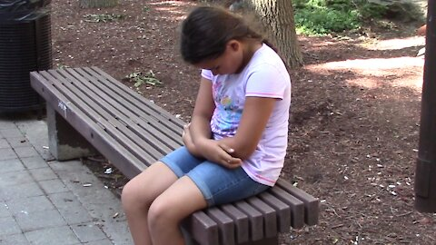 Would you help a hungry child left on the street?
