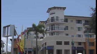Concerns about mold on Boynton Beach apartments