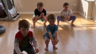 Mother makes kids work out during isolation