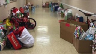 Secret Santa, News 5 viewers rescue struggling toy drive in Green