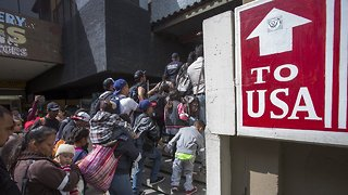 Trump Administration Asks SCOTUS To Lift Block On Asylum Rule