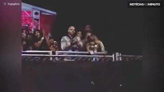 Fãs cantam parabéns para Beyoncé durante show de Jay Z