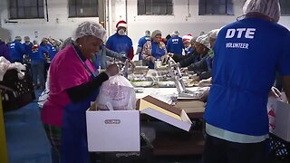 DTE teams up with Meals on Wheels to prepare nearly 6K meals