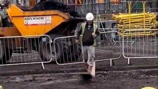 Workers prank colleague with broken plank