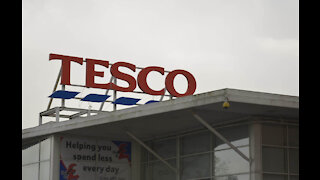 Tesco calls for tax increase for online retailers