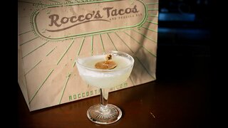 How to make the Skinny Señorita Margarita from Rocco's Tacos