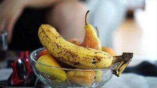 Top dietitian says banana peels can help you lose weight