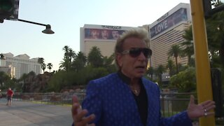 RAW: Siegfried talks about street