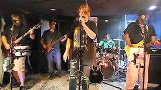 Beyond Jeff's Basement (with guest Vocalist)