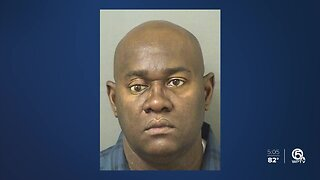 Police: Palm Beach County teacher asked 16-year-old student for sex