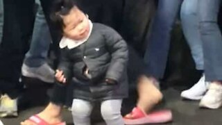 Cool toddler has smooth dance moves