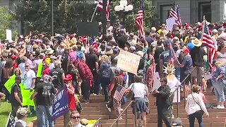 Hundreds of motorcyclists rally outside State Capitol building, demand Colorado reopen