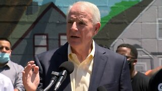 Mayor Tom Barrett notes dramatic increase in homicides in Milwaukee