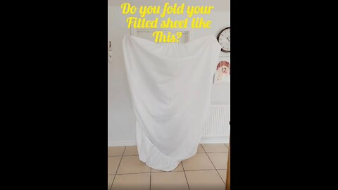 Incredible Fitted Sheet Folding Hack