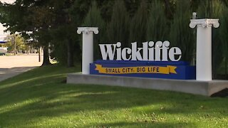 Wickliffe residents submit petition to recall mayor John Barbish