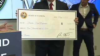 Gov. DeSantis visits Fort Myers to announce $1,000 bonuses for first responders
