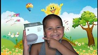 Google Home Mini: Smart Speaker Unboxing & Review