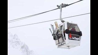 Sterke vinder skaper farlige situasjoner på Sveitsisk skisted